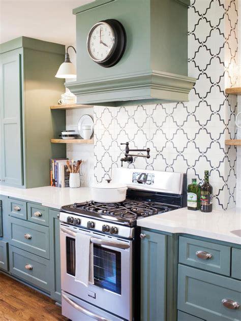 country kitchen  tile decorative backsplash green