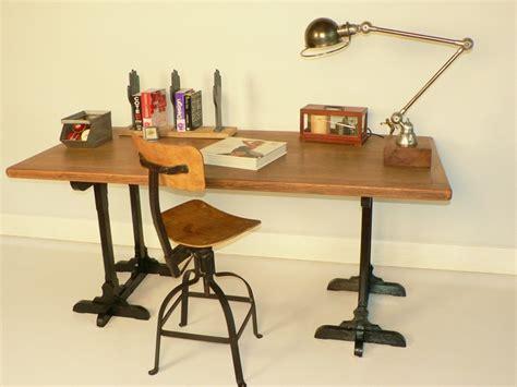 plateau de bureau bois idée un bureau sur tréteaux 12 inspirations et une
