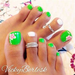 44 Easy And Cute Toenail Designs for Summer – Page 2 of 5 ...