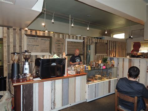 Earth's Kitchen Cafe  Adelaide  By Dave Walsh