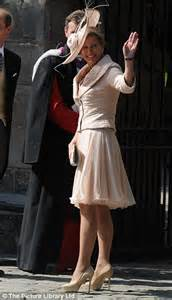 wedding dress websites zara phillips wedding dress from royal rebel to mike