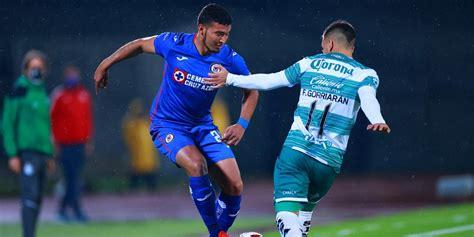 Mientras que la escuadra 'lagunera' , de la mano de guillermo almada. EN VIVO: Cruz Azul vs Santos Laguna por la jornada 1 del ...