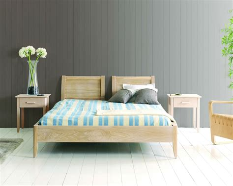 chambre bois massif chambre complete en bois massif chaios com