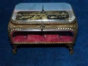 Boite A Bijoux Verre Et Laiton : belle boite bijoux ancienne en verre biseaut sur un ~ Teatrodelosmanantiales.com Idées de Décoration