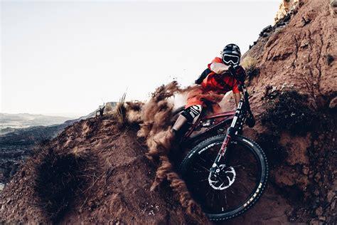 downhill mtb gear   kit picked   pros