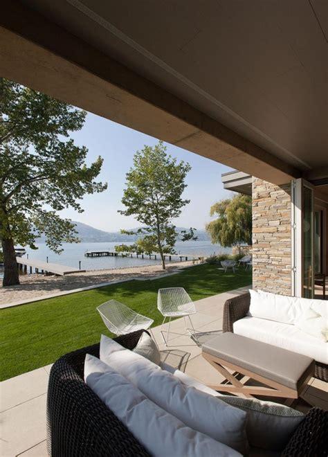 Lakeside Summer Home by Lakeside Summer Home