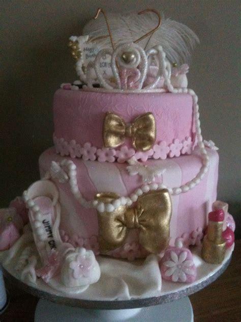 girly pink theatrical cake    year  cake blog