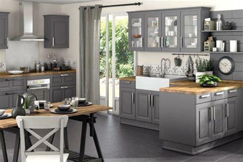 cuisine bruges conforama une cuisine lapeyre modèle de style et confort