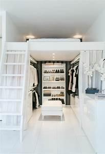 Begehbarer Kleiderschrank Mit Bett : 1001 ideen f r offener kleiderschrank tolle wohnideen ~ Bigdaddyawards.com Haus und Dekorationen