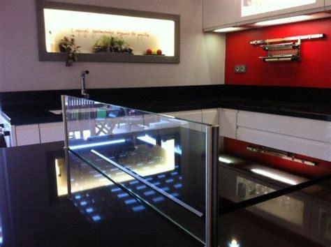 plan de travail de cuisine en quartz cuisine plan de travail en lot de cuisine moderne fonc