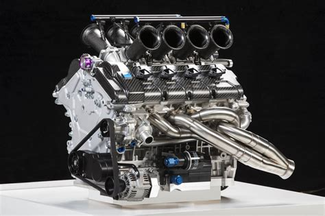 volvo reveals v8 supercar engine photos 1 of 6
