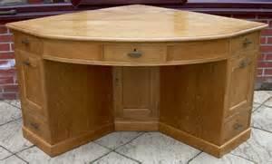 vintage corner desk a large golden oak corner desk antiques atlas