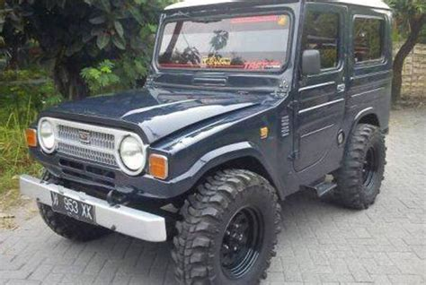 dijual mobil bekas surabaya daihatsu taft 1980