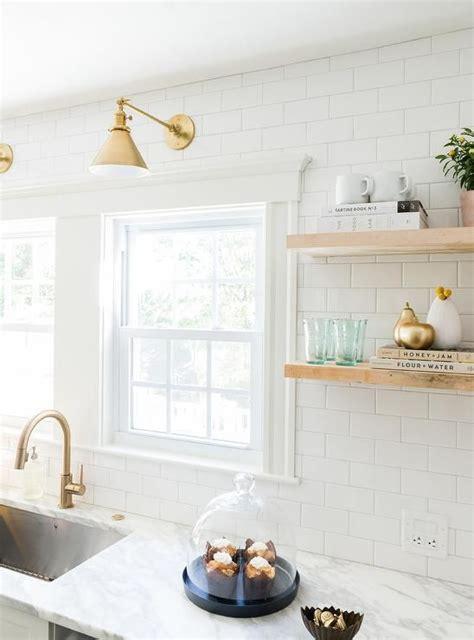 white kitchen  delta trinsic deck mount pull
