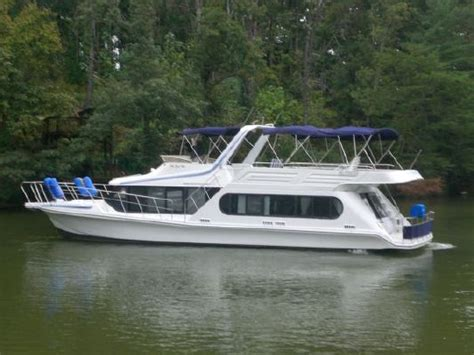 Bluewater Boats Inc by 1991 Bluewater Coastal Cruiser Boats Yachts For Sale