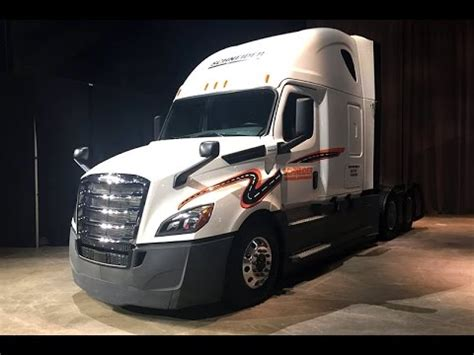 cost of new volvo truck volvo truck 2018 new car price update and release date info