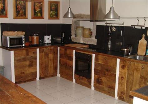 Porte De Cuisine En Bois Brut - cuisine atelier ferrière