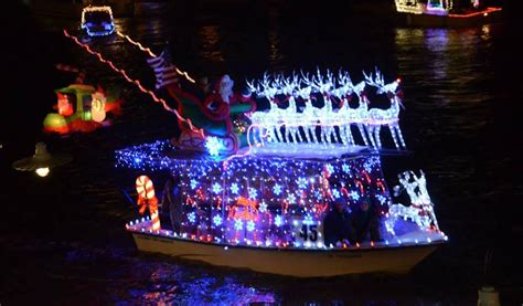christmas boat parade  clear lake  houston