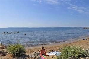 camping en bord de mer decouvrez le camping domaine du With camping hyeres bord de mer avec piscine
