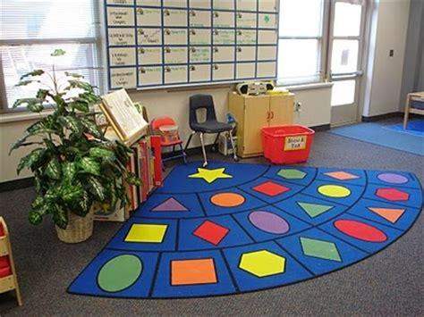 classroom arrangement using a quarter circle seating 365 | 1c8e8d66969217dcf34b9b3aca8e0657