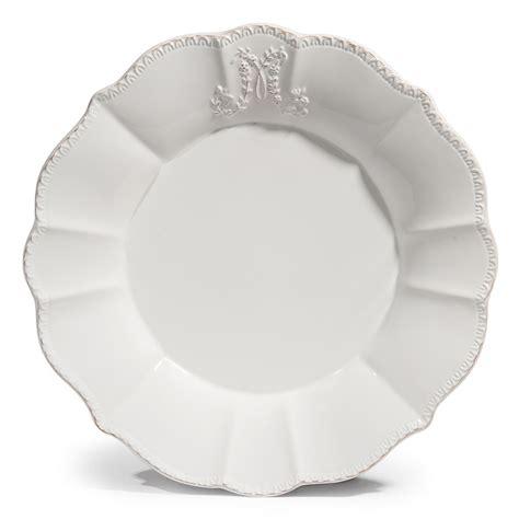 assiette plate en fa 239 ence blanche d 27 cm bourgeoisie maisons du monde