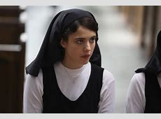 Review 'Novitiate' a quiet drama of a girl struggling to