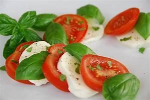 Tomaten In Der Wohnung : tomate mozzarella mit basilikum rezepte suchen ~ Lizthompson.info Haus und Dekorationen