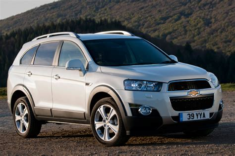 Review Chevrolet Captiva by Chevrolet Captiva Review 2011