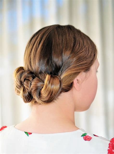 cute 3 buns hairstyle
