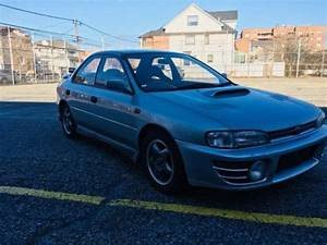 1992 Subaru Impreza Wrx Gc8 Silver 5 Speed 4 Door Jdm Rhd