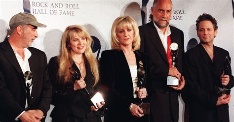 Fleetwood Mac Tickets For Sold Out 5-star Line-up 2015