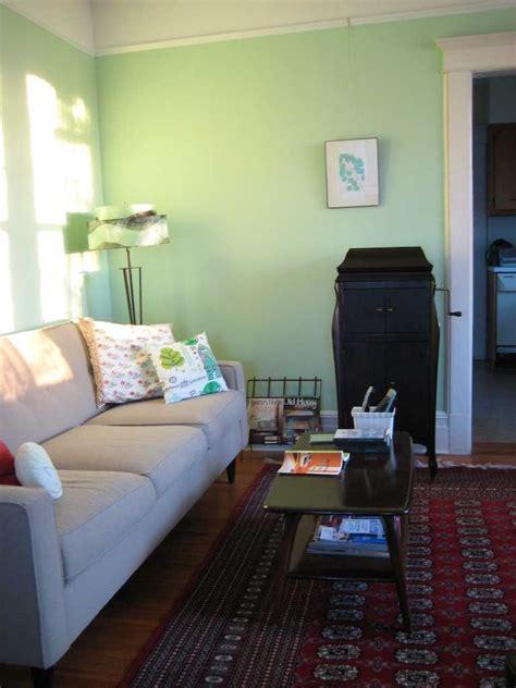 bedroom decorating ideas light green walls top 10 idei pentru amenajarea unui apartament mic tettu 20245 | culori deschise 768x1024