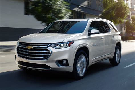 ford explorer spied   steal chevy traverse