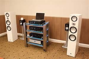 Meuble Tv Haut De Gamme Design : meubles hifi haut de gamme meuble tv haut par compose nchantement en morne meuble tv hifi haut ~ Teatrodelosmanantiales.com Idées de Décoration