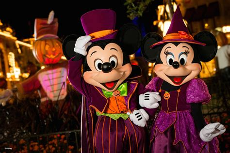 Greenwich Village Halloween Parade 2015 by Disney Photopass Service Tips During Mickey S Not So Scary