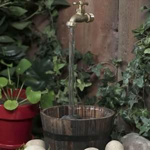 Wasserhahn Für Garten : magie im garten wie ein fliegender wasserhahn funktioniert ~ Watch28wear.com Haus und Dekorationen