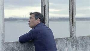 Toy - Vou chorar outra vez (Official Video) - YouTube  Toy
