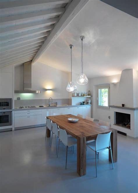lada a sospensione design illuminazione tavolo cucina come illuminare la cucina