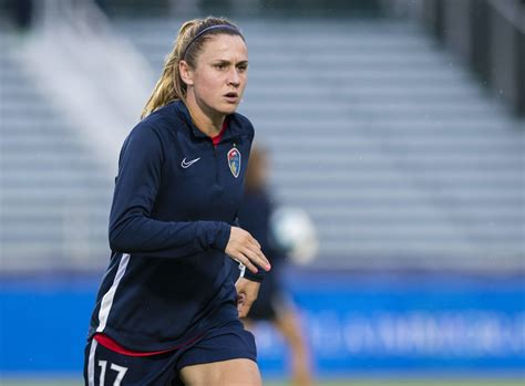US soccer legend Heather O'Reilly announces birth of first ...