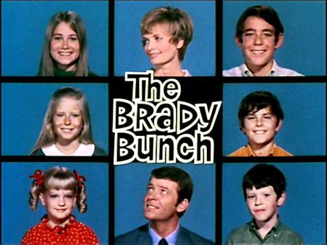 brady bunch wallpaper  background image