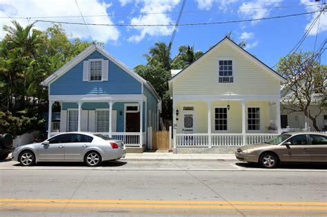 two houses key properties 923 eaton town key