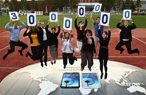 Samsung says it sold over 30 million galaxy s3 units for Samsung galaxy siii reaches 30 million units sold