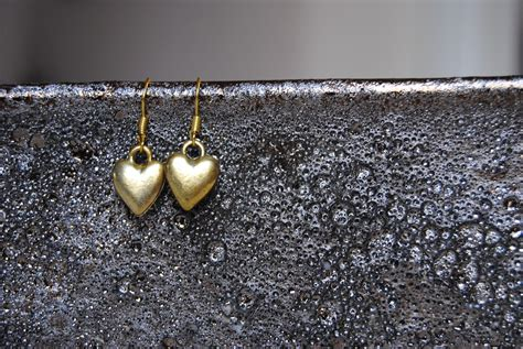 creative jewelry photography diversifying