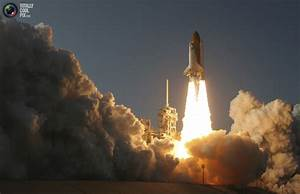 Space Shuttle Discovery's Last Flight in Pictures   REALITYPOD