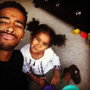 XOXO..jhene aiko daughter with her daddy o'Ryan omarion ...