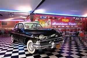 American Diner Zubehör : 1950 american diner il ritorno degli anni cinquanta gdoweek ~ Sanjose-hotels-ca.com Haus und Dekorationen