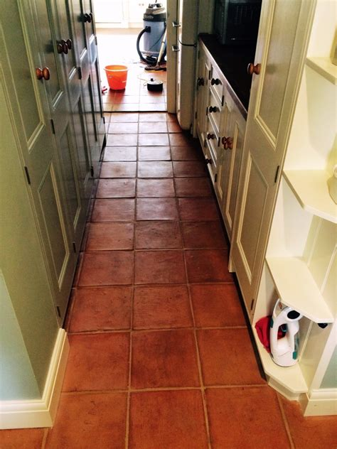 terracotta floor tile kitchen kitchen east sussex tile doctor 6031