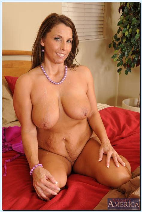 Chubby Milf Is Always Ready For Sex Photos Stacie Starr MILF Fox