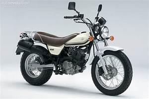 Suzuki Vanvan 125 : suzuki rv 125 vanvan 2009 2010 2011 2012 2013 2014 2015 2016 autoevolution ~ Medecine-chirurgie-esthetiques.com Avis de Voitures
