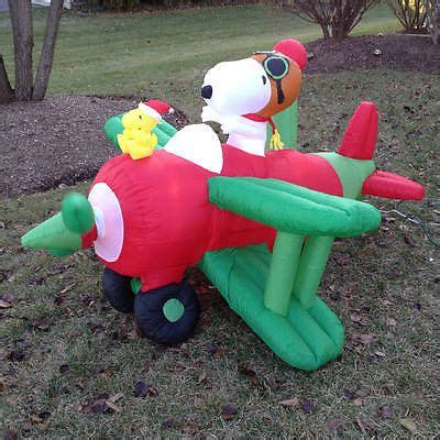 northpole airlines snoopy woodstock airblown inflatable